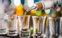 伏特加酒会比葡萄酒更健康?看似不太可能!