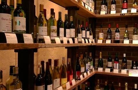 10月起,在日本购买酒的外国游客可免收税费
