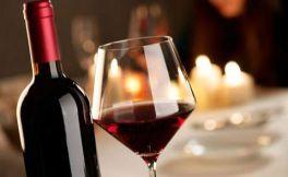 如何倒御皇龙船公爵干红葡萄酒,才能显得你更专业