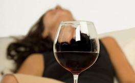 喝酒喝多了怎么办?喝什么解酒最快最有效