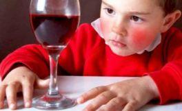 喝酒脸红是怎么回事?喝酒容易脸红到底好不好?
