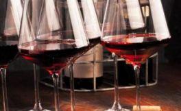 红葡萄酒的功效与作用,这4点你要知道