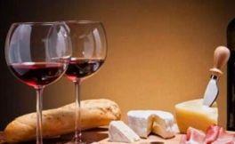 喝葡萄酒的好处和坏处对比