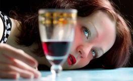 我喝了20年的酒,总结出这10条混酒局的真言
