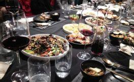 从点单到品酒,最全套餐厅点红酒遵循的礼仪服务