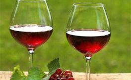 部分国内罐装的进口葡萄酒水分很深