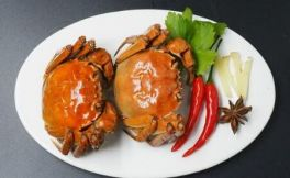 红酒配螃蟹,不负这个寒冬!
