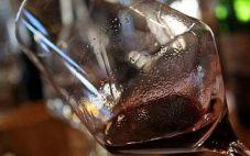 张裕裕麟干红葡萄酒有沉淀物,怎么办?