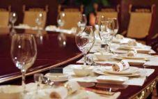 酒桌上的礼仪:中国酒桌上的礼仪大全