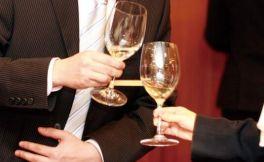 酒桌礼仪文化:酒桌上敬酒的先后顺序