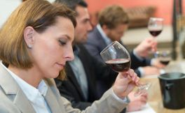葡萄酒获奖能让产品涨价13%