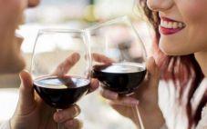浅谈红酒的神奇功效与作用