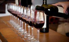快年会了,喝葡萄酒醉了之后,这6招快速解酒!