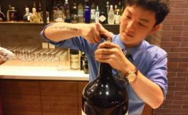 澳门四季酒店首席侍酒师Kaleb Paw专访:葡萄酒行业让他实现理想收获爱情