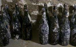 Pol Roger酒庄挖掘出多瓶完好无损19世纪香槟