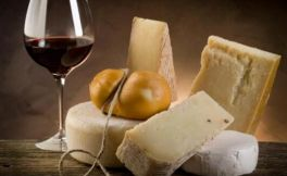 红酒配什么奶酪?不同奶酪应该怎么配红酒?