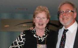 微生物学家Ellie Butz获得第七届美国东部地区酿酒博览会的终身成就奖