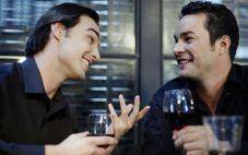 红酒对男人有哪些好处?