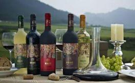 为金陵十二钗配葡萄酒应该怎么做