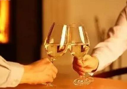 侯伯王酒庄葡萄酒一个最具性价比的五大名庄酒之一