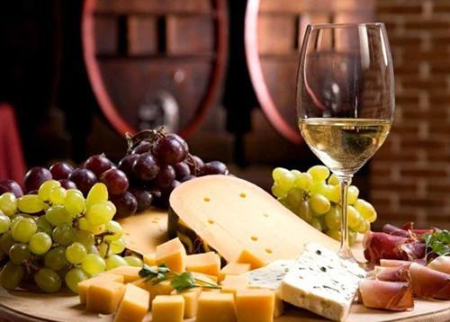 甜葡萄酒和美食的完美搭配