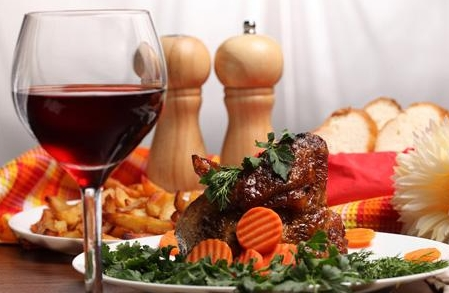 葡萄酒饮食搭配 葡萄酒和食物搭配的原则