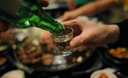 韩国喝酒礼节 韩国烧酒应该怎样喝