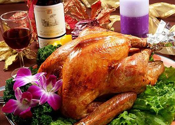 火鸡与葡萄酒是感恩节的最佳cp