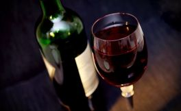 葡萄酒小白入门,应该选择哪些酒?