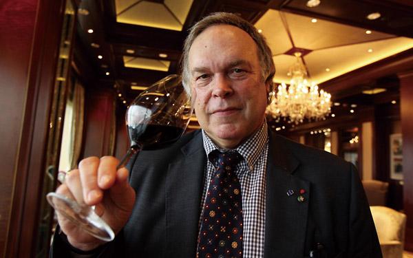 杰拉尔•德帕迪约:拥有最多葡萄园酒庄的明星
