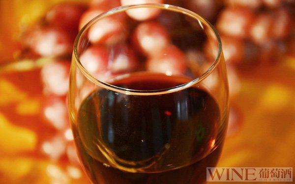 洋葱与葡萄酒发挥的神奇功效