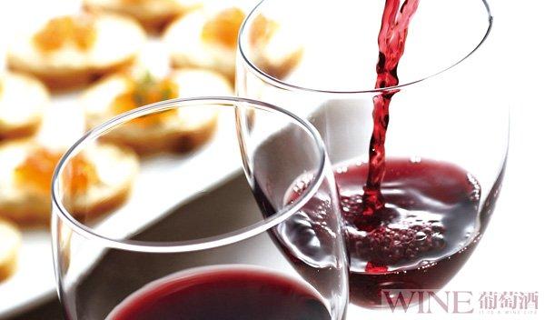 肠胃不好,可适量利用葡萄酒