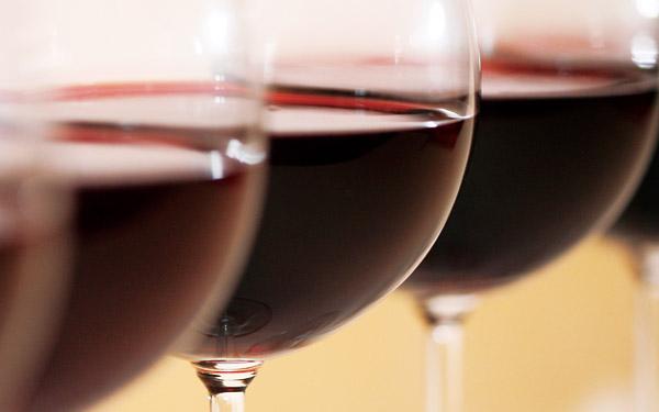 喝葡萄酒之前,看看自己是否合适