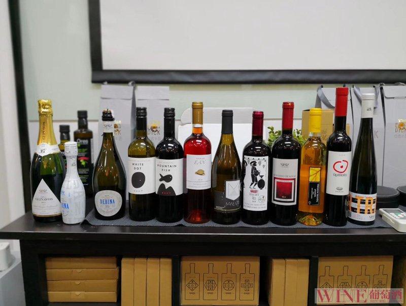 醒酒可以给葡萄酒带来什么作用?