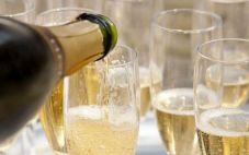 你了解气泡葡萄酒吗?气泡葡萄酒怎样配餐好
