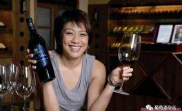 红葡萄酒白葡萄酒,养生养颜最佳搭档