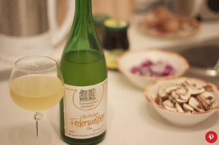德国年轻秋季葡萄酒:Federweisser(费德威塞尔)时令酒在它消失之前品一杯