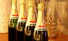 节日礼物指南:选择适合的香槟和起泡酒