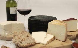 葡萄酒、啤酒和肉的奶酪搭配指南