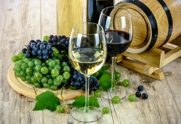 那些红葡萄酿制的白葡萄酒