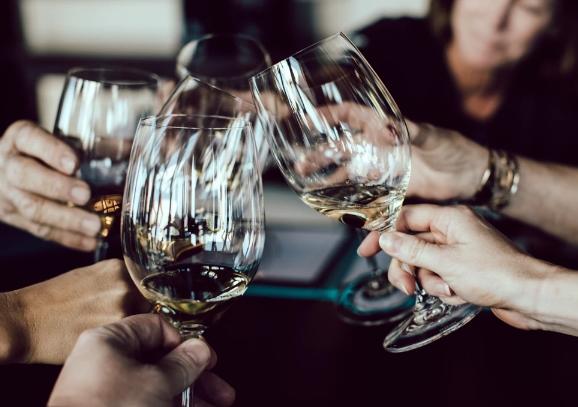 今年夏天五款最好的白葡萄酒