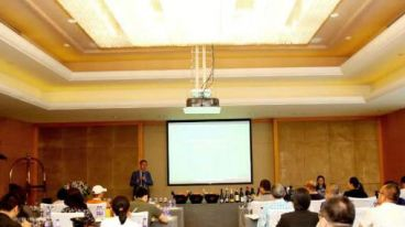 開啟20個城市意大利培訓班 微酒客17度阿瑪羅尼作為意酒網課程用酒 得到客戶無限好評