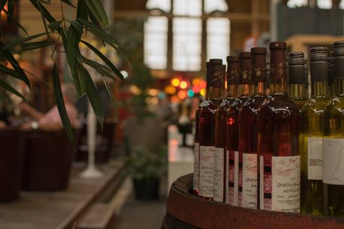 家庭储藏红酒用什么?
