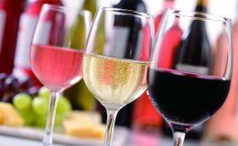 喝葡萄酒用玻璃杯,还是水晶杯?是怎么样的呢?