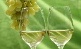 葡萄酒价格高低与营养价值的关系是怎样的呢?