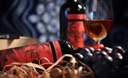 关于红酒杯的拿法与酒杯分类你知多少呢?