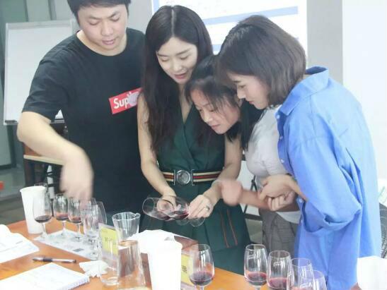 德斯汀安 ·广州 | 02月15-16日,WSET第二级烈酒认证课程报名开始啦!