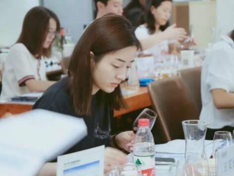 德斯汀安 ·珠海 | 03月27-29日,WSET第二级葡萄酒认证课程开课啦 !