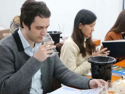 德斯汀安 ·上海 | 02月14-16日,WSET第二级葡萄酒认证课程开课啦 !