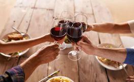 美味的红酒烧猪蹄是怎么做出来的呢?